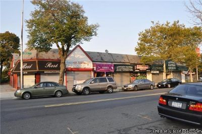 ID: (SOU) Six Store Commercial Space In Cambria Heights For Sale