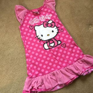 HELLO KITTY Nightgown 6Y ($0.50]