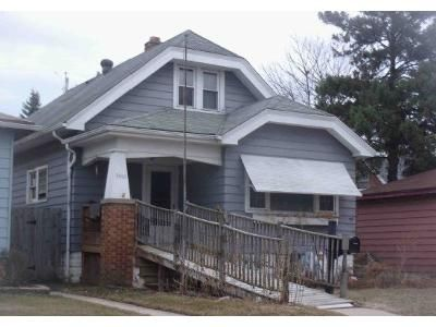 3 Bed 2 Bath Foreclosure Property in Milwaukee, WI 53215 - S 19th St