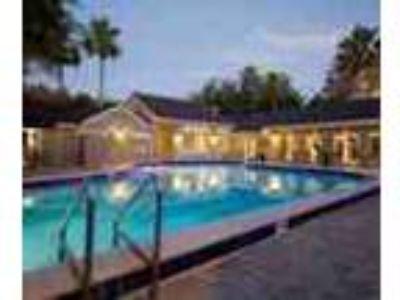 3bed2bath In Orlando Near Shops Pool Gym Ac