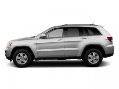 2013 Jeep Grand Cherokee Laredo (Bright Silver Metallic)
