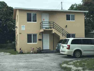 716 22nd Street West Palm Beach, Great area for an