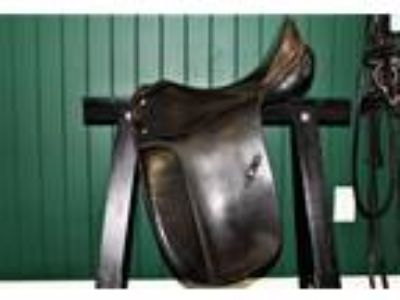 Max Hopfner Dressage Saddle 17 12
