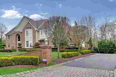 6 Hemlock Court MANALAPAN Four BR, Venture to Woodland Estates