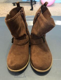 Old Navy toddler girls boots size 8