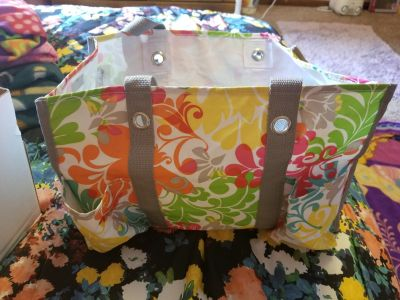 Thirty -one bag used but good condition no rips or tears