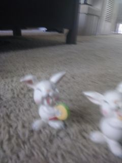2 pc easter bunnies