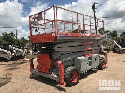 2011 (unverified) Skyjack SJ9250 4WD Dual Fuel Scissor Lift