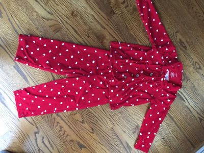 Size 5 Christmas pajamas- new without tags