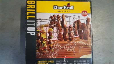 New Char-Broil The Big Easy 22-piece accessory kit