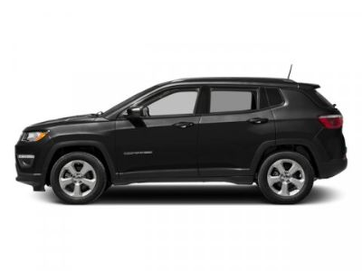2018 Jeep Compass Latitude (Diamond Black Crystal Pearlcoat)