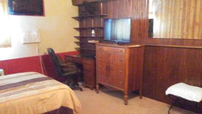 Room for rent 694  Palm Beach Road