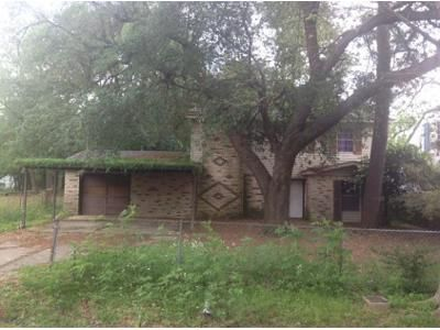 4 Bed 3 Bath Foreclosure Property in Beaumont, TX 77705 - Howard St