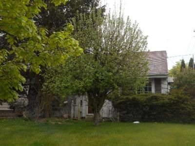 2 Bed 1 Bath Preforeclosure Property in Milwaukee, WI 53221 - S 15th Pl