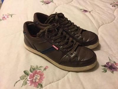 Levi s Brand Sneakers/Shoes (Size