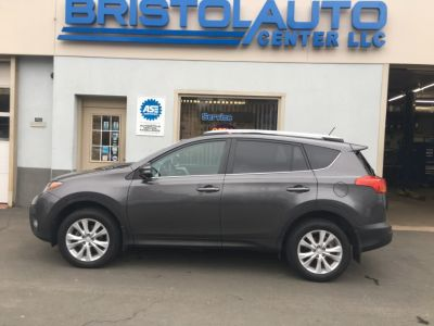 2014 Toyota RAV4 Limited (Gray)
