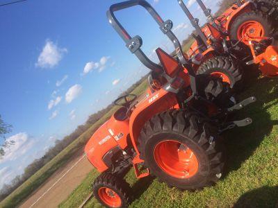 2017 Kubota L2501DT Tractors Lawn & Garden Bolivar, TN