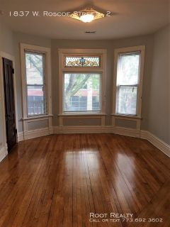 Roscoe Village - 2-Bedroom+den/1-Bath Apartment - Available on or Before August 1st!