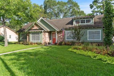 $2450 4 single-family home in NE Houston