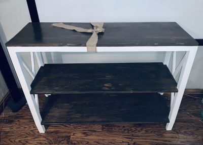 Beautiful rustic hallway entry or tv console!