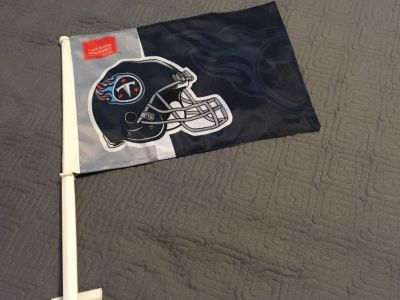 NFL TN Titans Helmet Car Flag