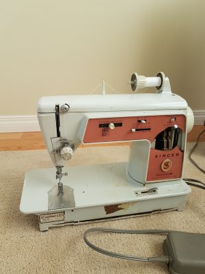 Sewing machine Singer touch and sew