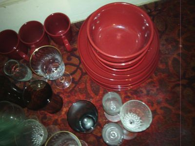 MAINSTAY SOLID RED COLLECTION - OVER 16 PCS.