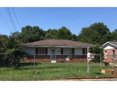 3 Bed 2 Bath Foreclosure Property in Montgomery, AL 36110 - Broadview St