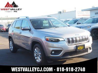 2019 Jeep Cherokee Latitude (Billet Silver Metallic)