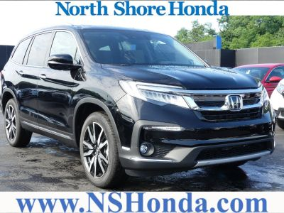 2019 Honda Pilot (Crystal Black Pearl)