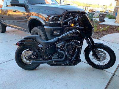 2018 Harley-Davidson STREET BOB SOFTAIL