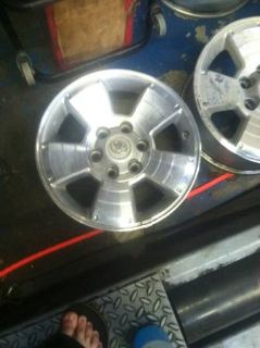17 Toyota Rim and Tires