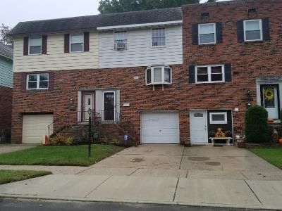 3 Bed 2 Bath Preforeclosure Property in Stratford, NJ 08084 - Suburban Ter