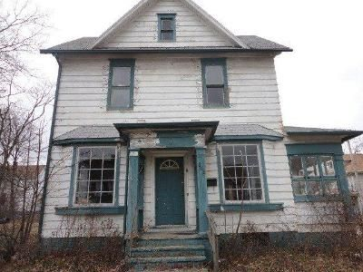 4 Bed 1.5 Bath Foreclosure Property in Alliance, OH 44601 - S Freedom Ave