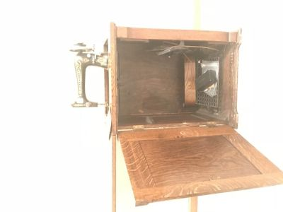 Franklin sewing machine and cabinet
