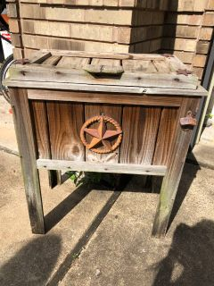 Outdoor drink chest
