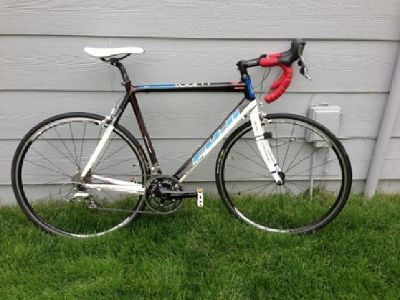 $1,700 Carbon Fiber Shimano Ultegra/105 Road Bike
