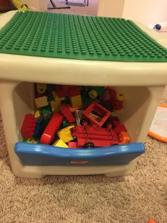 LEGO duplos and play table