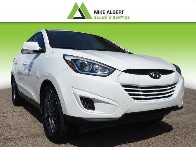 2015 Hyundai Tucson GLS (Winter White Solid)