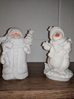 Christmas figurines to paint