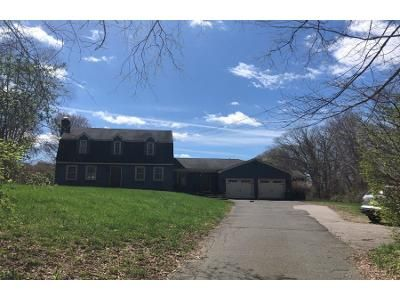 4 Bed 3 Bath Preforeclosure Property in Hebron, CT 06248 - Chestnut Hill Rd