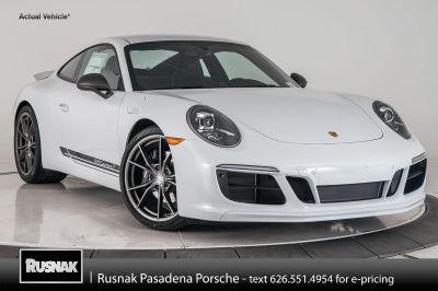 2018 Porsche 911 Carrera (Carrara White)