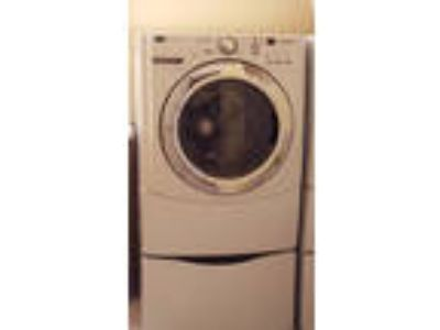 MAYTAG 3000 Series LARGE WASHER MASHINE PICKUP Only.VERY