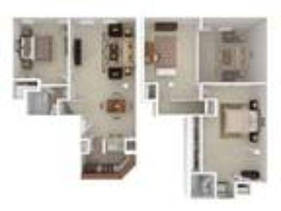 Marlboro Classic Apartment & Redwood Square - Two BR Two BA Duplex Den