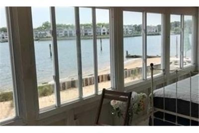 Port Jefferson, 1 bed, 1 bath for rent