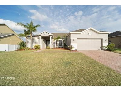 3 Bed 2 Bath Foreclosure Property in Clermont, FL 34711 - Harts Cove Way