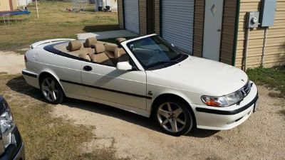 2002 SAAB 9S3 TURBO CONVERTABLE, LOW MILES, LOTS OF FUN