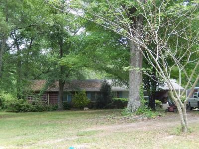 1.5 Bath Preforeclosure Property in Rome, GA 30161 - Canard Rd SE
