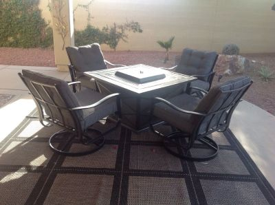 Fire Pit with 4 chairs