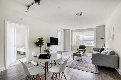$8370 2 apartment in Redwood City
